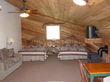 Kings_Inn_Cedar_Suite